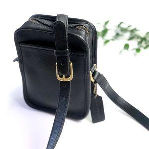 """Vintage Coach """"Camera Bag"""" 9973"""